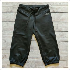 The North Face fleece lined cropped exercise pants